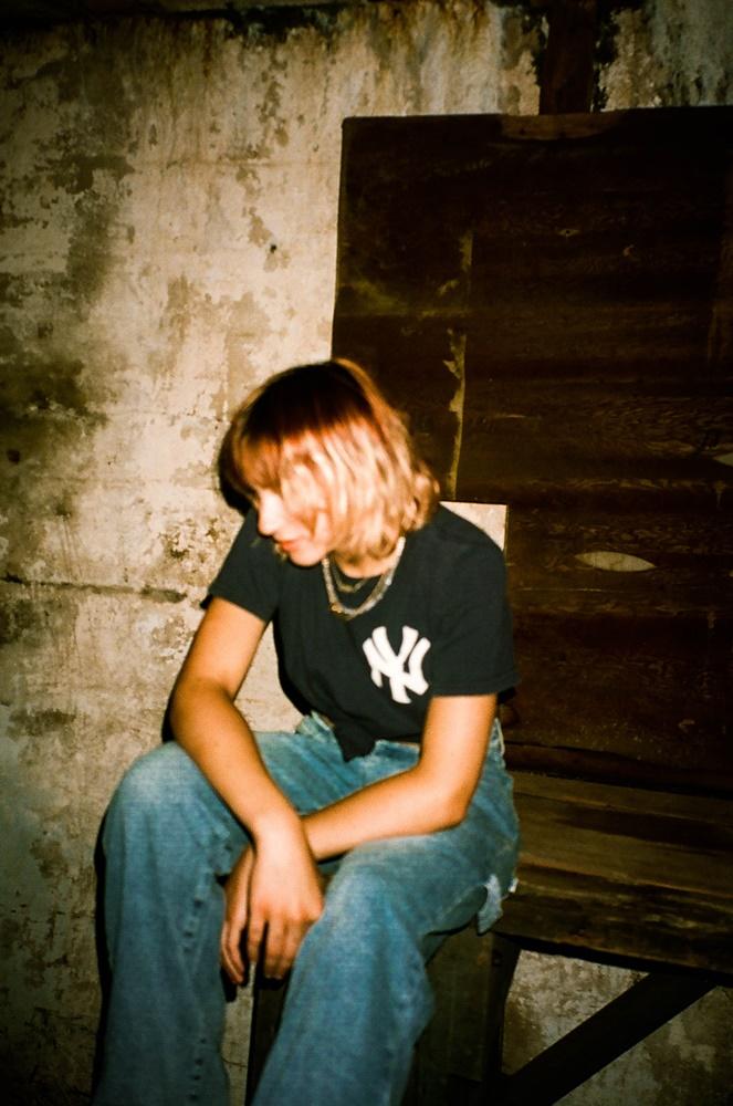 Backstage With... Chloe Lilac - GIG GOER