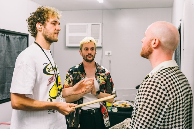 Backstage With The Jungle Giants - GIG GOER