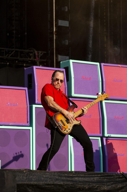Weezer - Hella Mega Tour - GIG GOER
